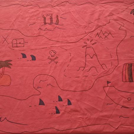 Des rideaux + des marqueurs textiles = 1 nappe personnalisée !
