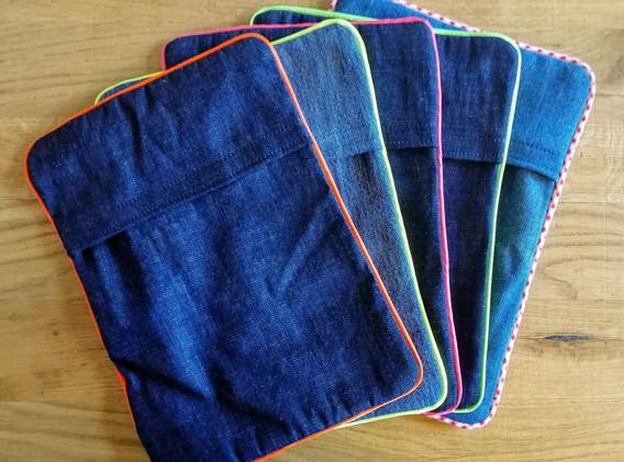Housses en jeans pour bouillottes