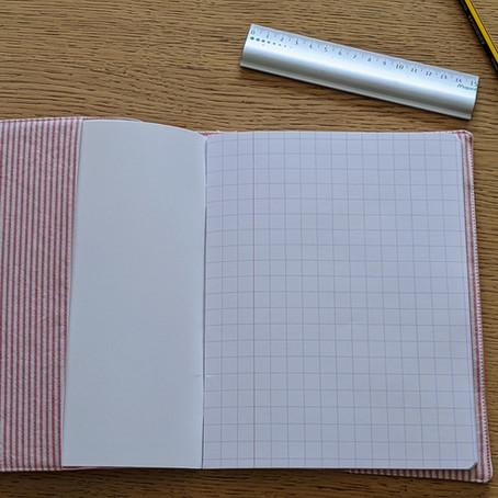 1 chemise (ou 1 drap ou 1 nappe) = 1 Protège-cahier