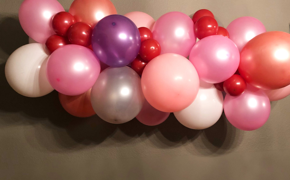 Valentines Day Ballon garland