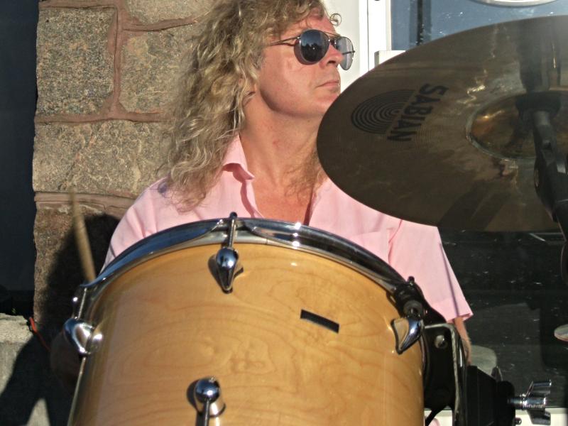 He drums!