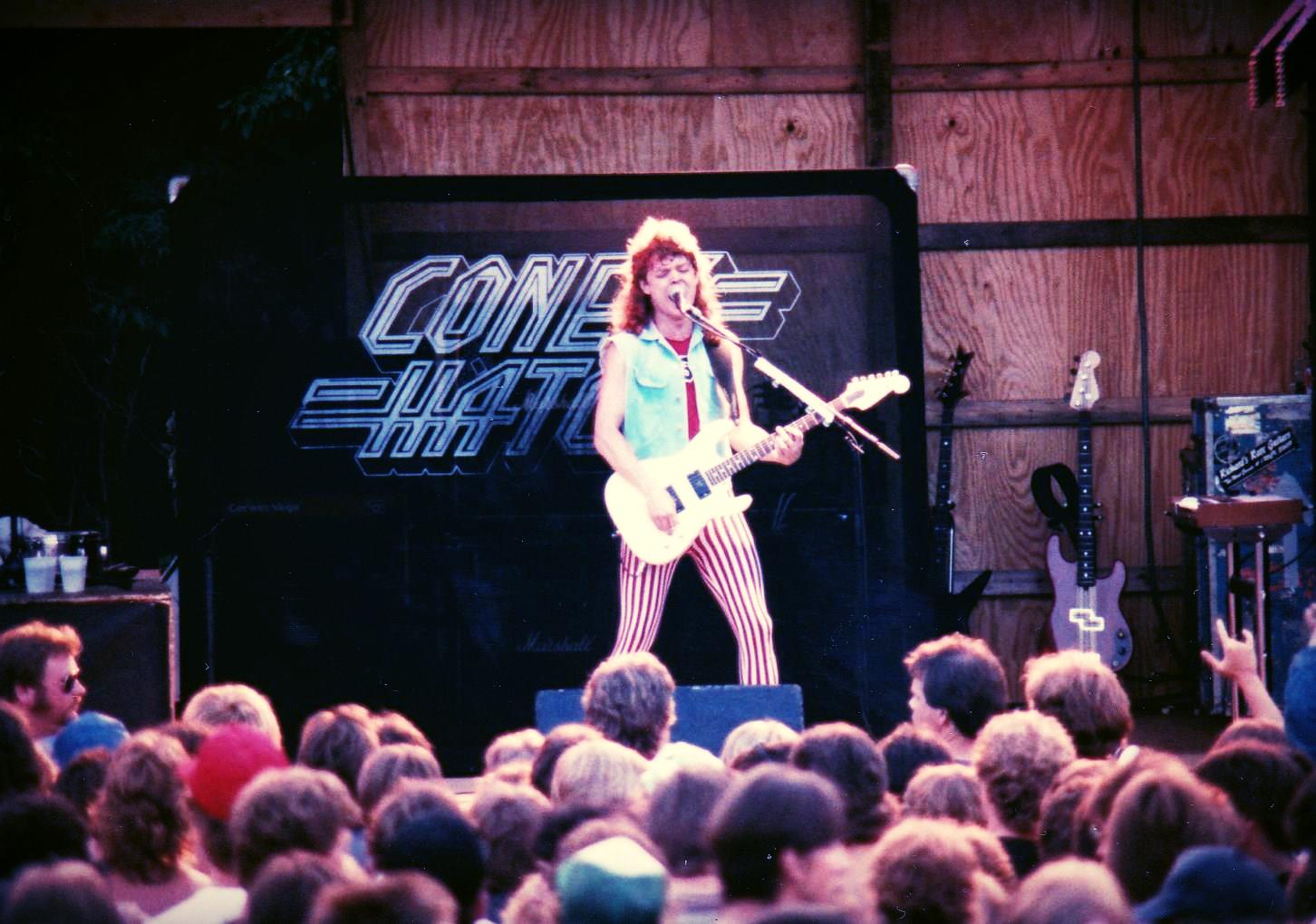 Coney Hatch 1982