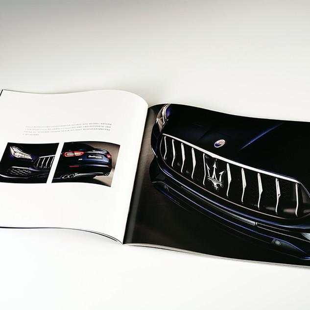 Catalogs-09.jpg