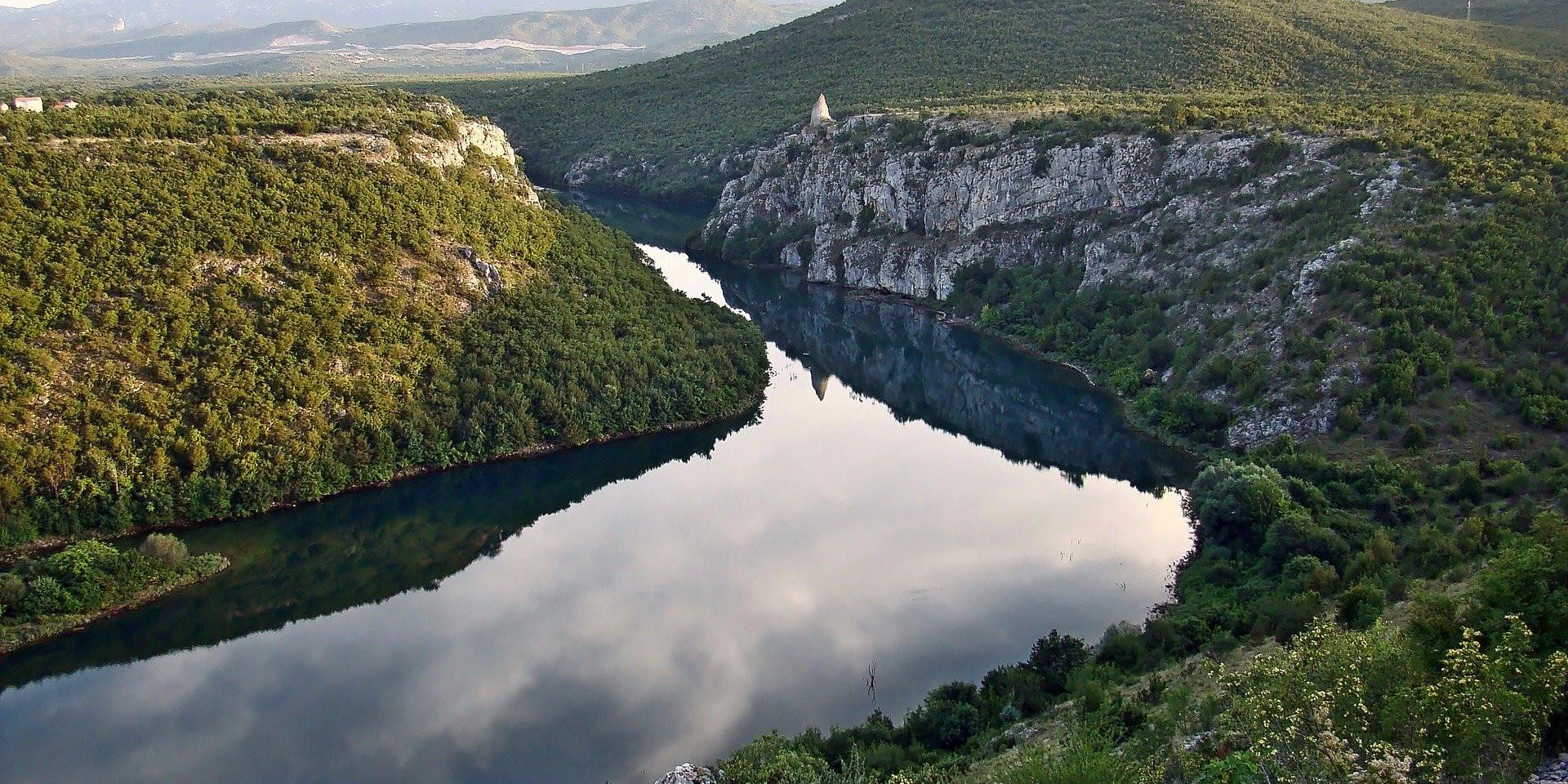 cetina-river-2172427_1920.jpg