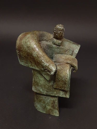 Geisha debout III N°4/8 - Sculpture bronze - Cadeau bronze - art – luxe – Galerie – Pontrieux - Zina-o - Asie - japon - art martiaux - zen - méditation - presse papier - sculpure contemporaine - sculpture abstraite -