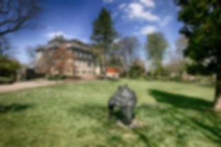 18.-Schlosspark-mit-Skulpturen.jpg