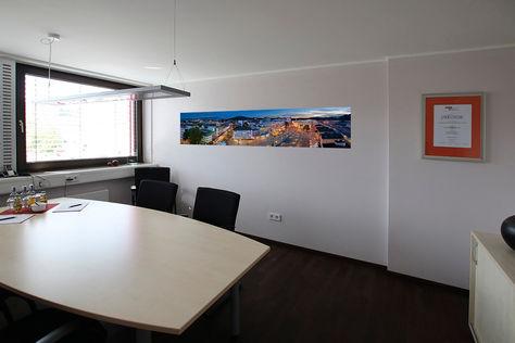 2.2-Büro_Herr_Rau_rechte_Seite.jpg