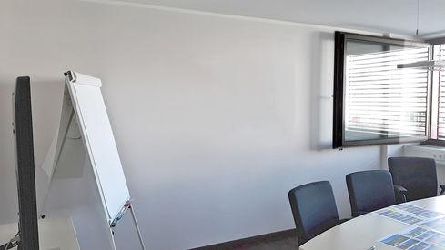 2.1-Besprechungsraum-linke-Seite.jpg