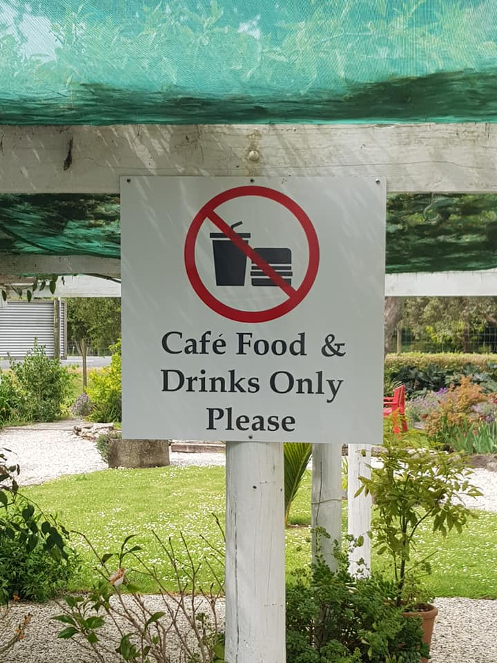Native Tree Cafe sign4