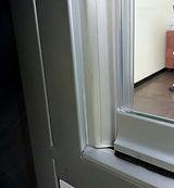 Compensatore laterale per vetrata panoramica