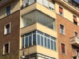 Vetrate panoramiche senza montanti verticali, nessun impatto visivo