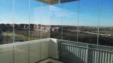 Angolo a giorno su balcone