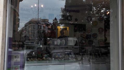 vetrate a pacchetto frangivento per bar