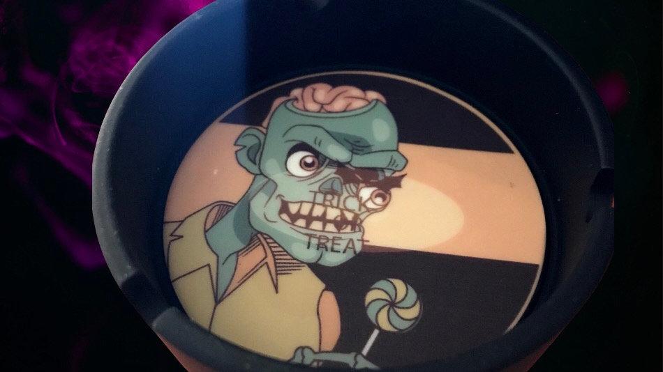 Trick or treat bowl