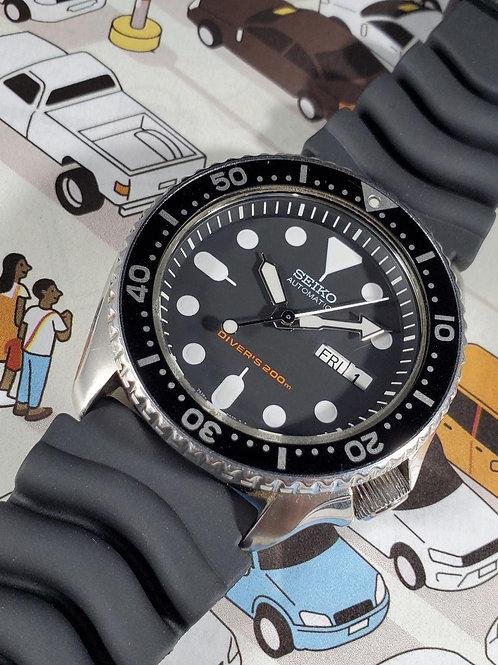 NOS 2015 Seiko 7S26-0020 (SKX007) Automatic Diver w/Box, Paperwork