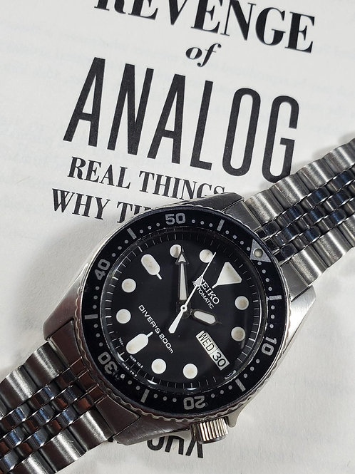 2014 Seiko 7S26-0030 (SKX013) Mid-Size Automatic Dive Watch