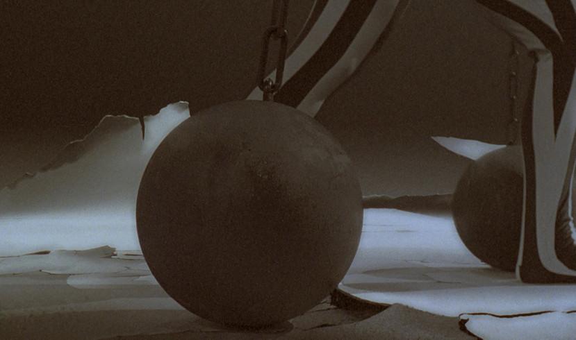Atraksion (2001)