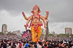 האל בעל פני הפיל