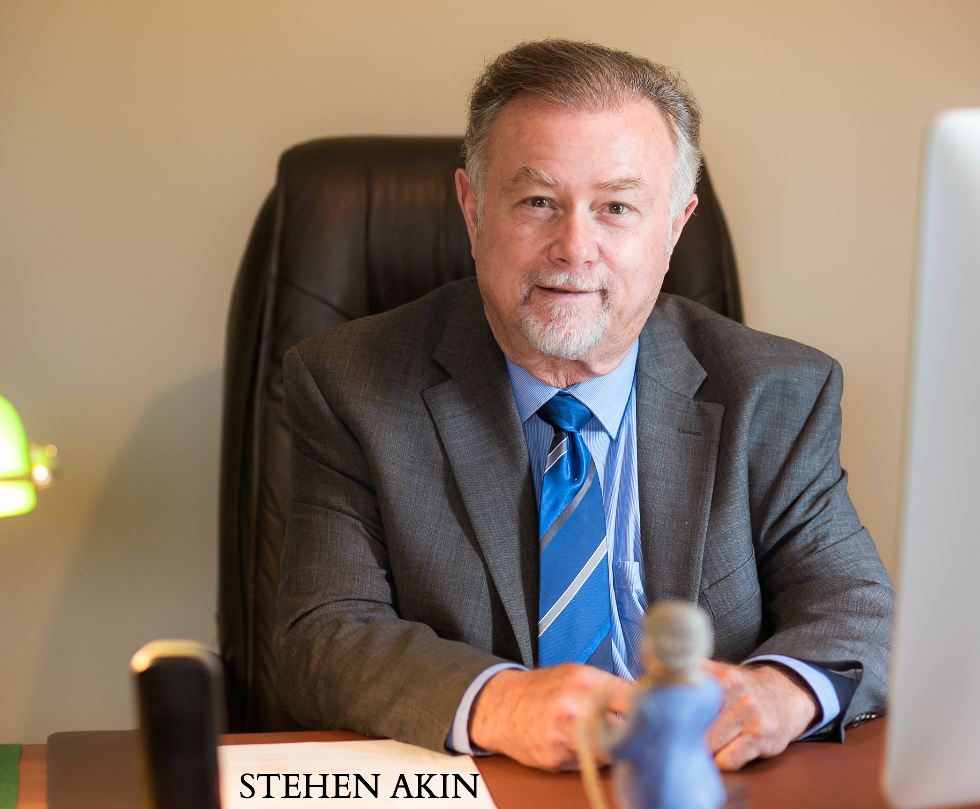Stephen Akin