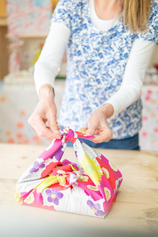 Zusetsu online event furoshiki wrapping hanami bento wrap
