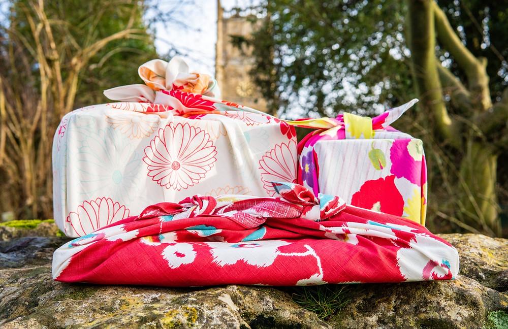 Zusetsu furoshiki gift fabric wrapping Kyoto Cotswolds