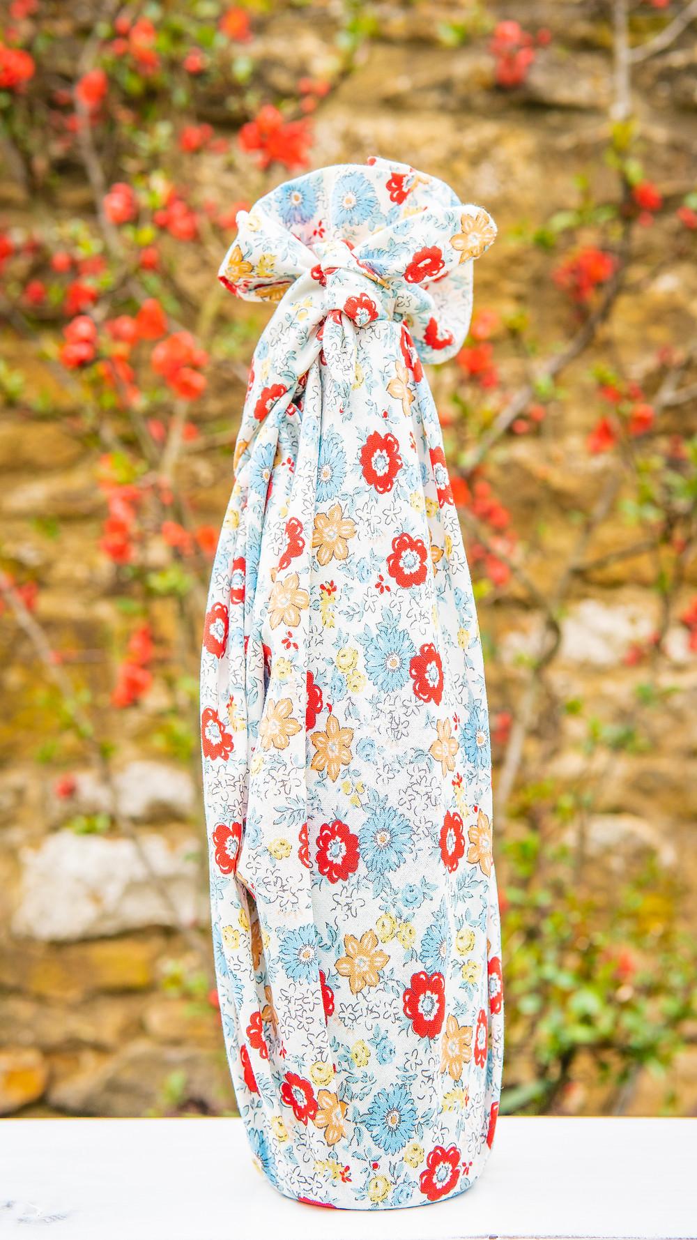 Zusetsu furoshiki, Japanese knot wrap, fabric wrap, eco wrap, bottle gift wrap, gift wrapping, wine, sake