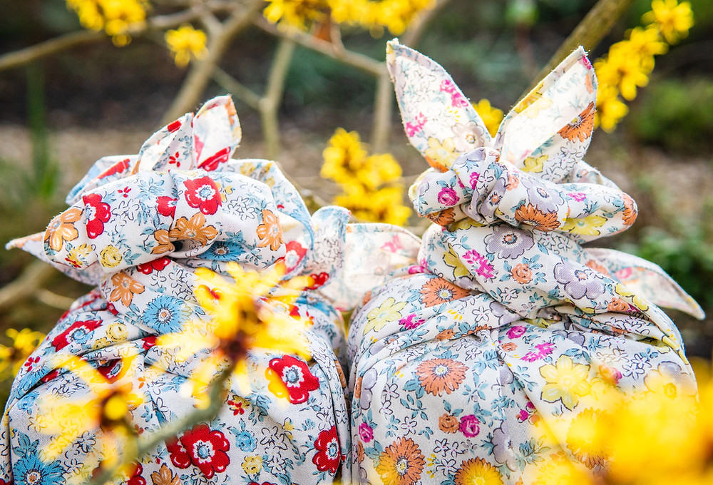 furoshiki gift wrap, Zusetsu Store, Japanese gift wrapping, eco