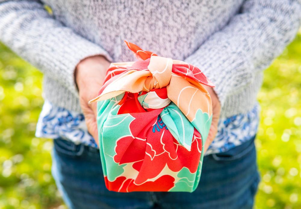 furoshiki gift-wrap, gift, birthday, picnic, hanami, cherry blossom, Zusetsu Store, furoshiki