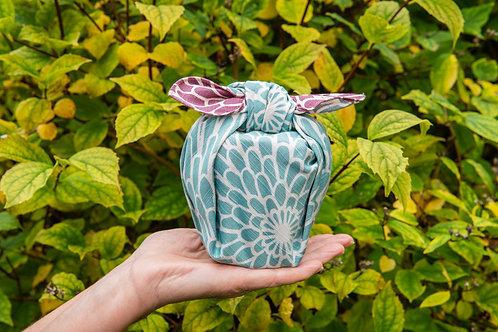 48cm Isa Monyo Reversible Furoshiki | Chrysanthemum Purple/Blue