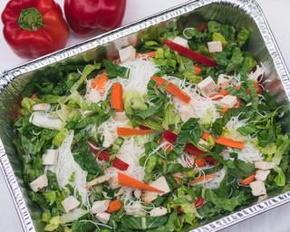 Thai vermicelli, lettuce, pickled carrot, peanuts, coriander & thai dressing (roast beef or chicken)