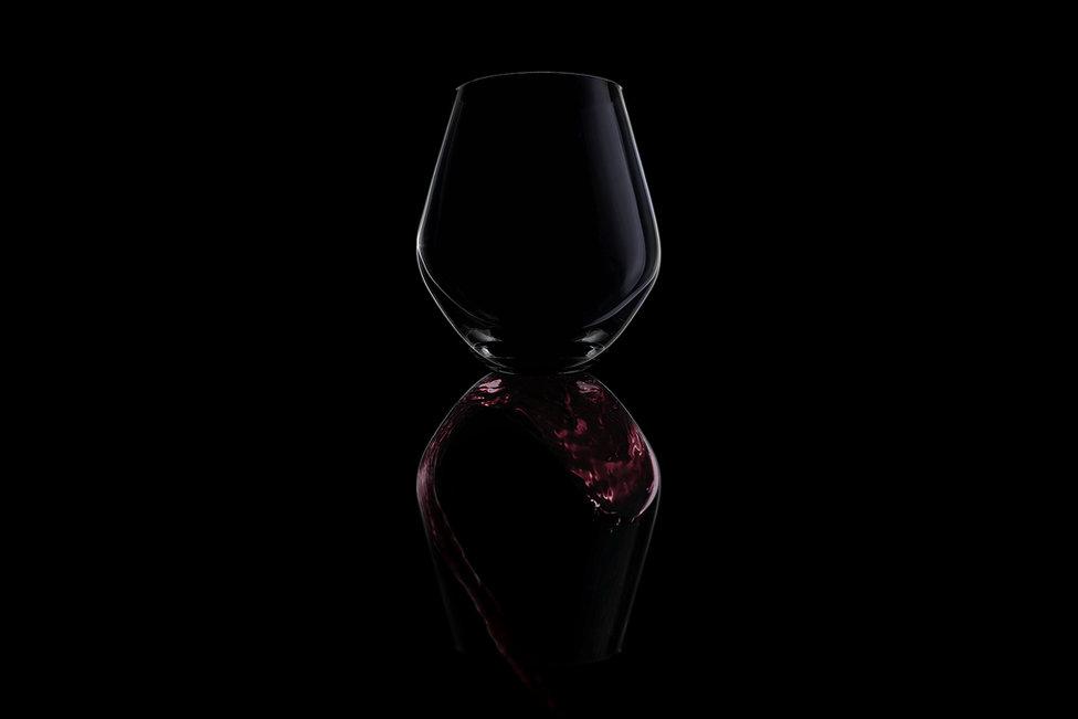 Product photography Pretoria, Michelle van Aswegen beverage, glass, wine