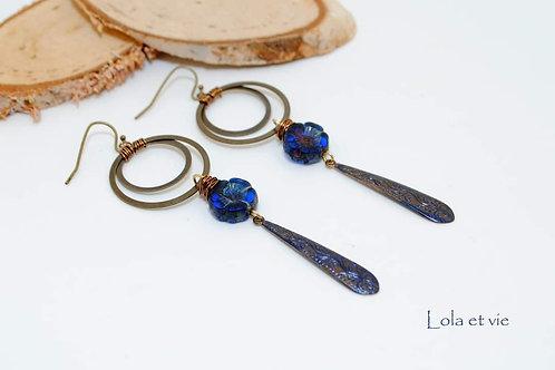 oorbel brons blauw viooltje