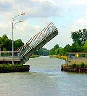 drawbridge.jpg