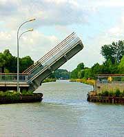 drawbridge.jpg
