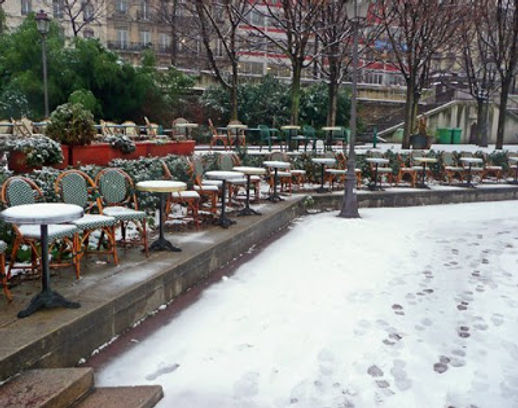 Arsenal-cafe-in-the-snow.jpg