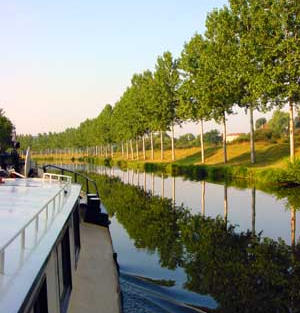 On the Canal de L'est, heading back toward the Saône