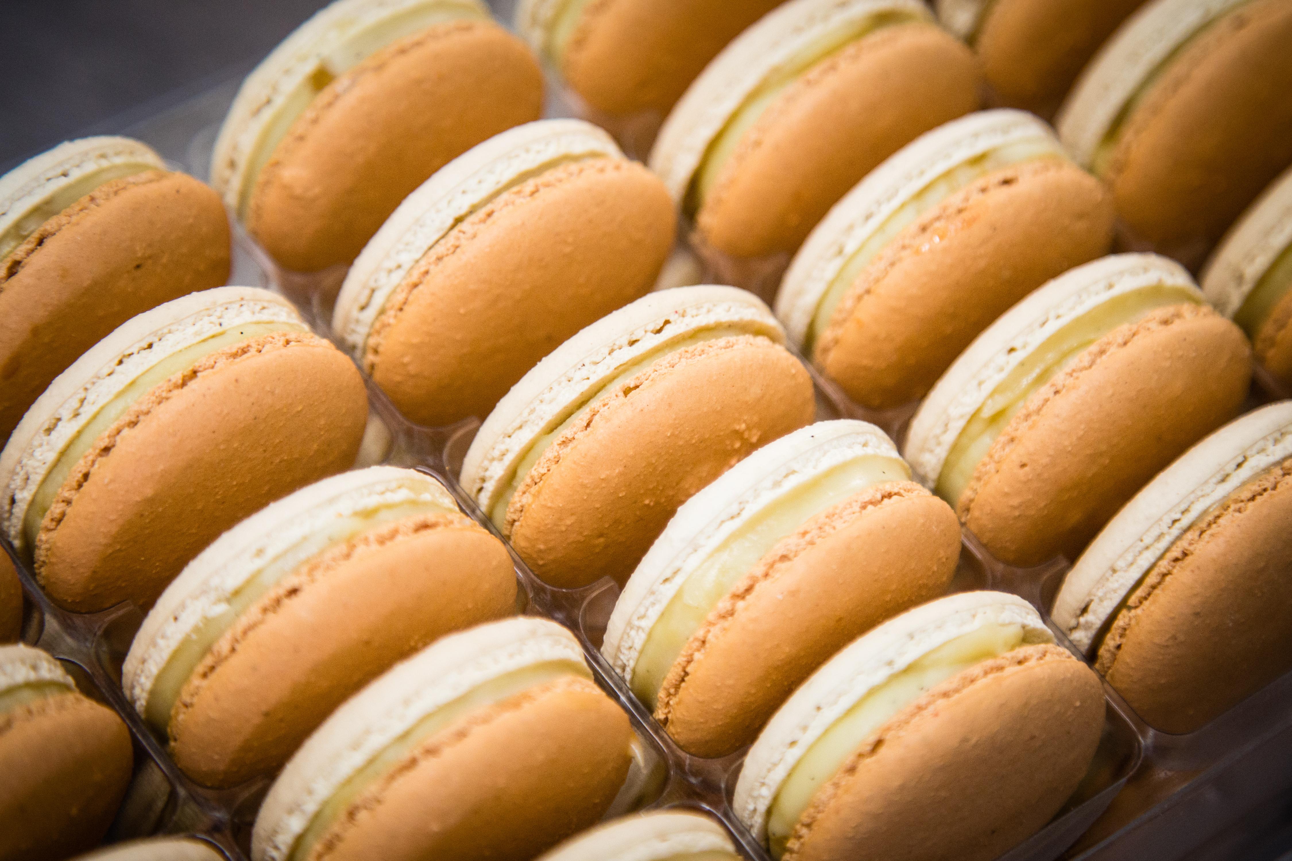 Macaron Crème Brulée