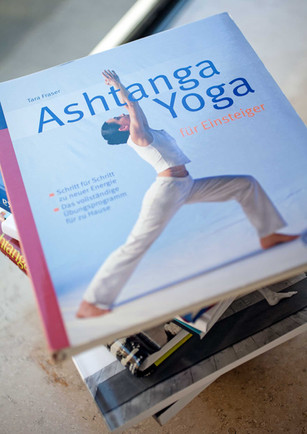 8BAR_Ashtanga_Einsteiger.jpg