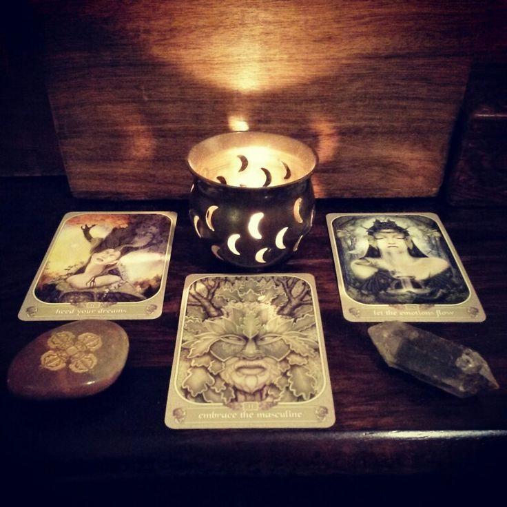 Tarot + Oracle Card Reading - 30 Mins