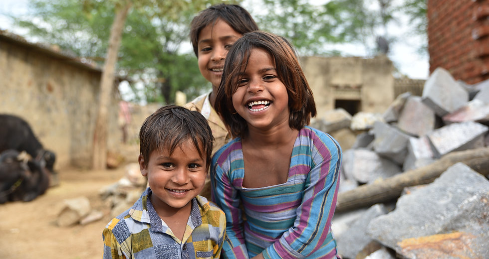 Smiling faces, young children smiling an