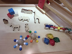 9.1おもちゃの除菌①.JPG