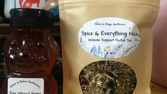 Spice Tea And Infused Crab Apple Honey Set