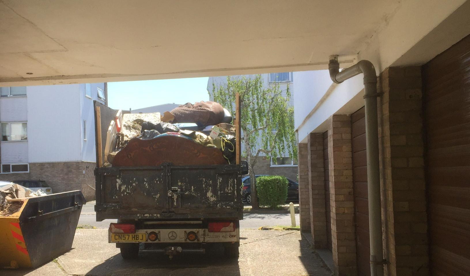 Rubbish Removal - Junk Taxi