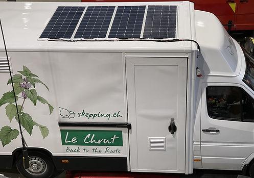 Der Food Truck Le Chrut wird mit Solarstrom betrieben
