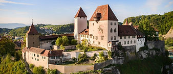 Home_Schloss-Burgdorf_Sommerabend_2750x1