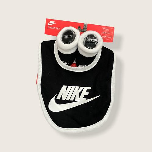 Two Piece Newborn Set Nike