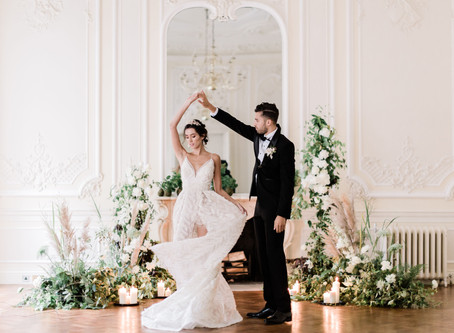 A Dream of Swans: Fine Art Wedding Inspiration