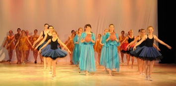 Gala4-ballettschule-erdweg-aachen.jpg