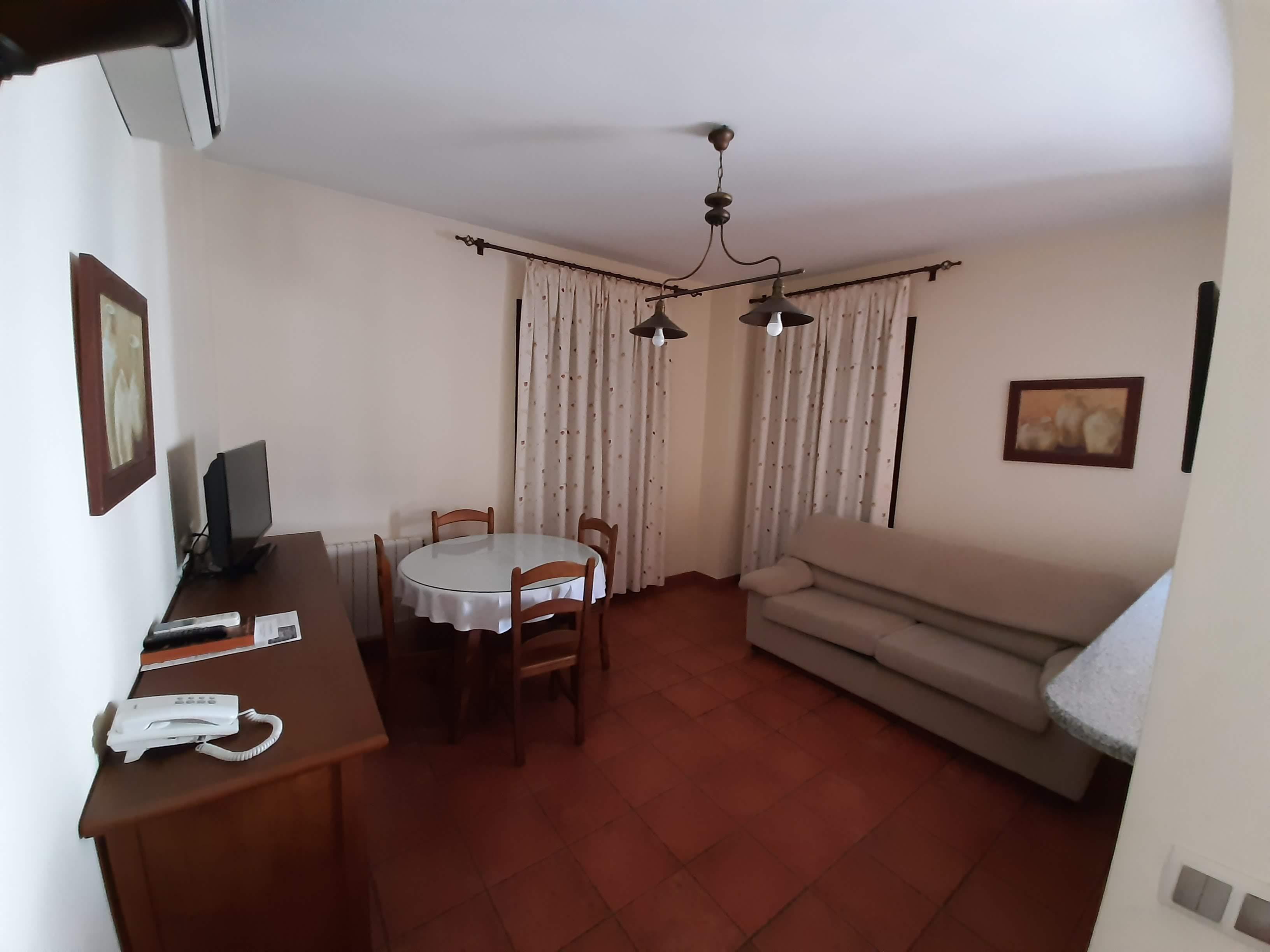 apartamentos turisticos azuaga salon dos