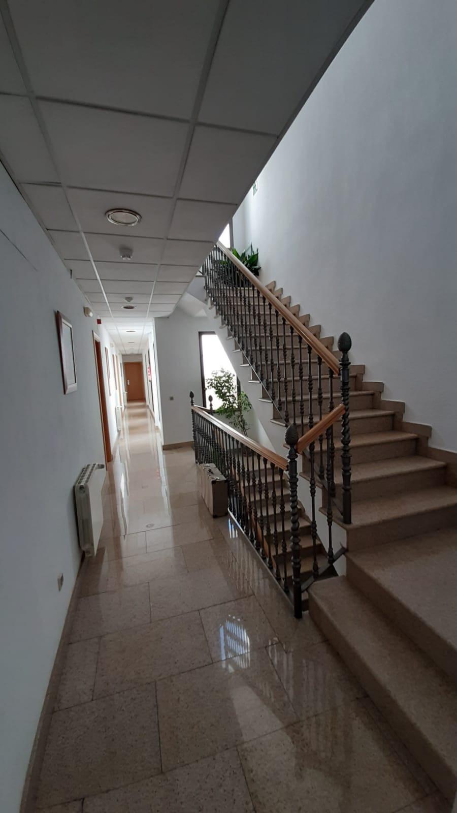 apartamento turístico azuaga escalera pa